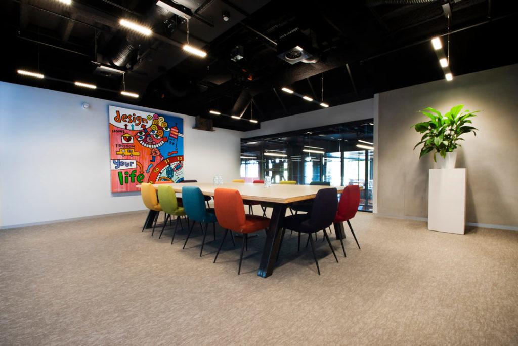 vergaderruimte stoelen kleuren