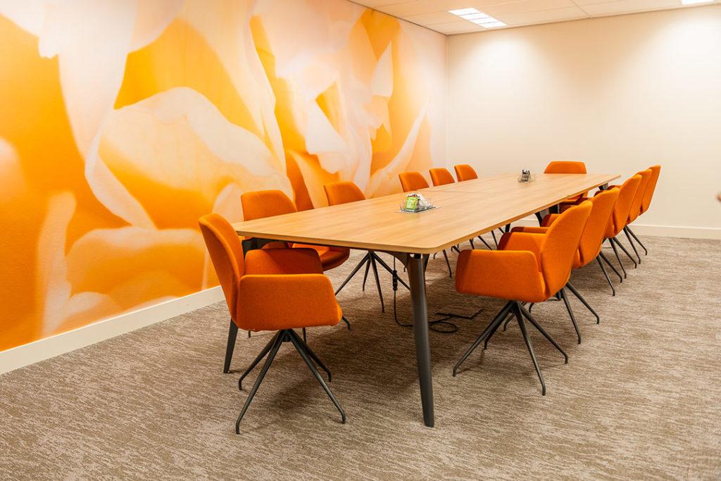 vergaderplek oranje